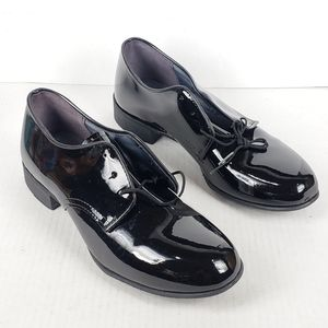 Capps Airlite Womens Angel 4 1/2 WW Lo Uniform Shoes Black Smooth Uniform  Dress Shoes